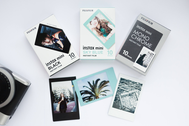 Fujifilm Instax Mini Film Set of 30 sheets. Instax Black frame