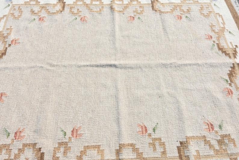 Vintage Rug 8588 Large Carpet Wool Living Room Carpet Turkish Rug 70x89 Inches White Rug Bohemian Bedroom Carpet Oushak Rug