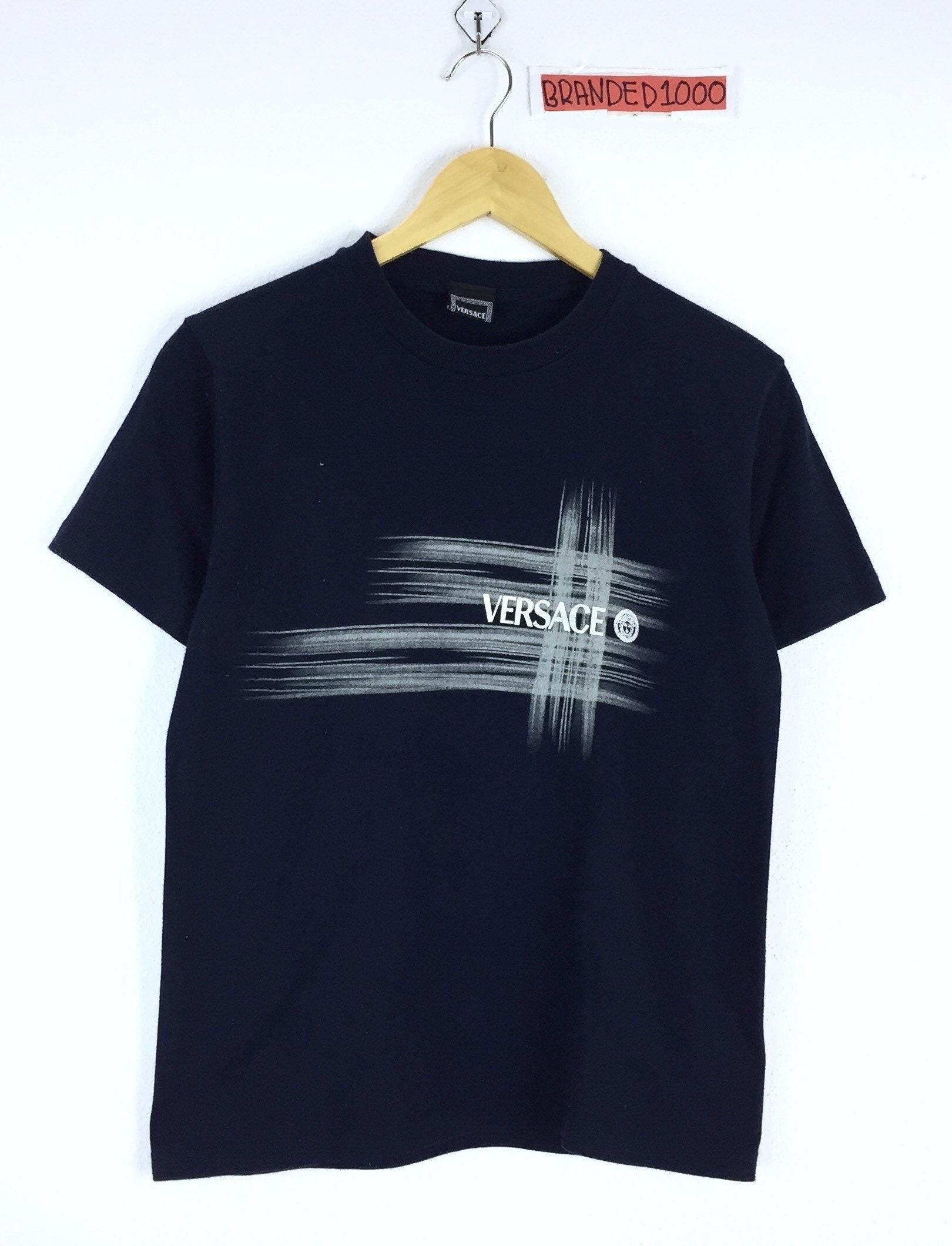Versace Vintage T-shirt Medusa tête Spellout très belle luxe Spellout 01584ff0030