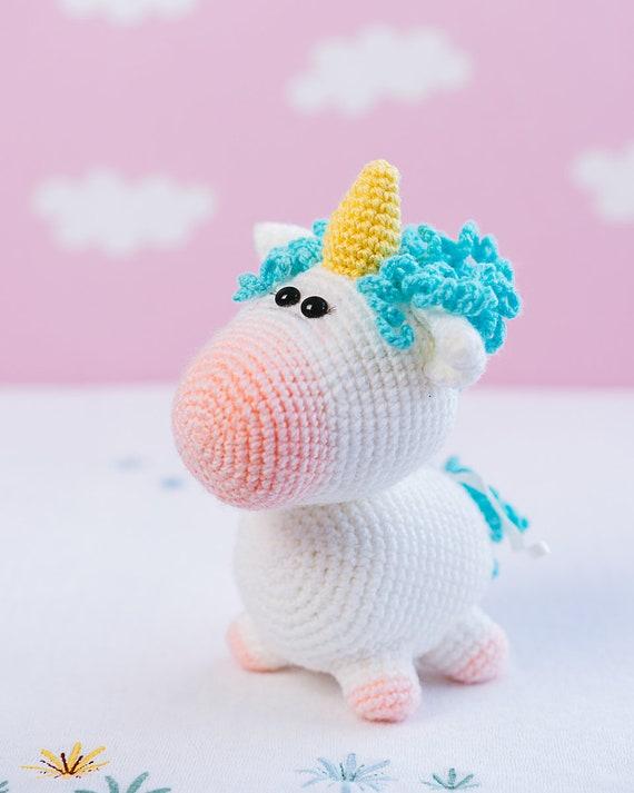 Jazzy the Unicorn Free Amigurumi Pattern | Jess Huff | 713x570