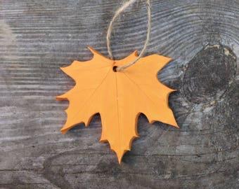 Maple Leaf Ornaments | Maple Leaf | Maple Leaf Pendant | Fall Decor | Autumn Decor | Natural Ornament | Leaf Ornament | Christmas Ornament