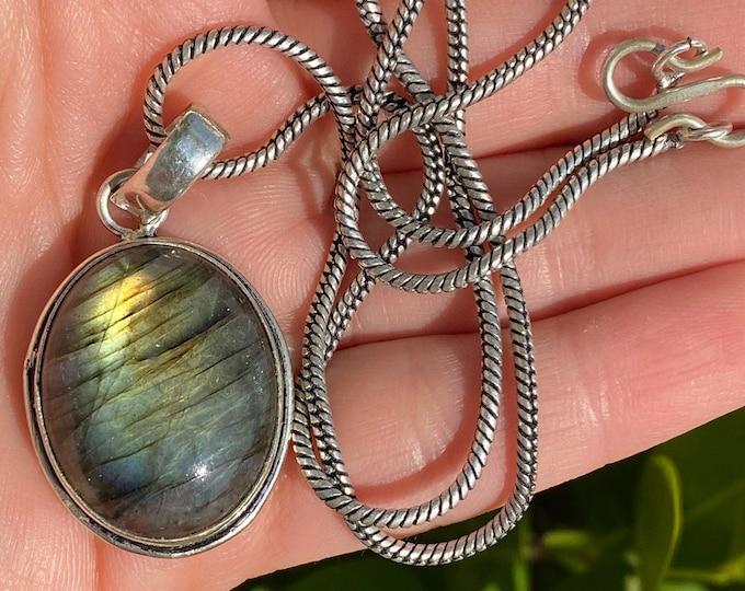 "Natural Labradorite Gemstone Pendant 925 Sterling Silver Necklace Size 1 1/2 inch Length 17"""