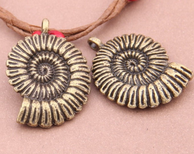 Spiral Conch Sea Shell Pendant | Tibetan Style Alloy Pendants | Antique Bronze | Sold by 2 Pieces | Size 36x27x7mm