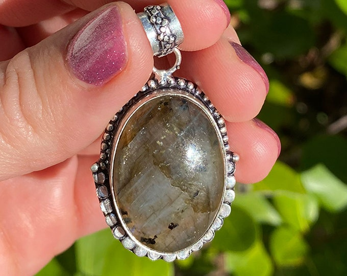 Natural Labradorite Vintage Style .925 Solid Sterling Silver Oval Pendant Focal Bead Size 1 1/2 inch