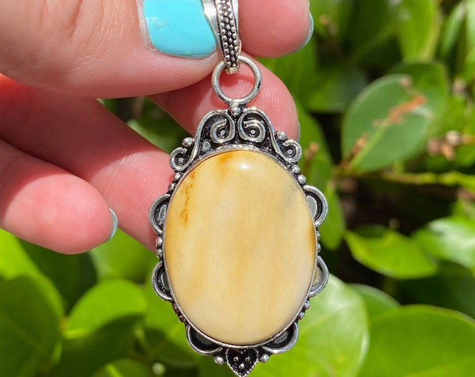 Natural Mookaite Jasper Gemstone 925 Solid Sterling Silver Vintage Style Pendant Size 2 Inch