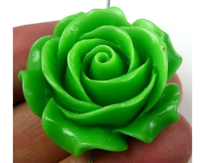 Green Carved Flower Clam Gemstone Pendant Focal Bead 34x33x15mm C26239