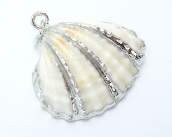 1 Piece Silver Plated Natural Sea Shell Trumpet Conch Pendant Bead 25x22x9mm