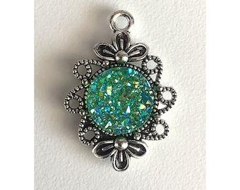 2 Pieces Antique Silver Plated Green AB Faux Druzy Agate Bezel Charm Flower Pendant