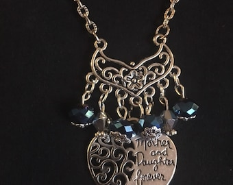 Pretty Mother and daughter forever necklace