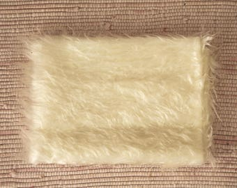 Fur fabric long-haired 55*47 cm white