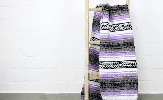 vintage Falsa Decke in Mexiko gefertigt Sarape 180 x 130 cm flieder boho lifestyle urban jungle homedecor vanlife woven glamping blanket