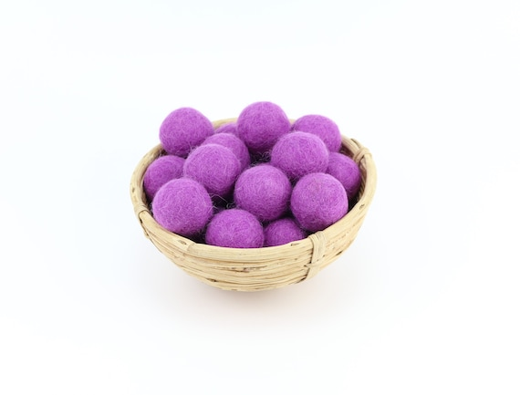 3 cm purple felt balls for crafting #23 felt balls decoration Pom Poms versch. Colors Felt Balls Garlands Decoration