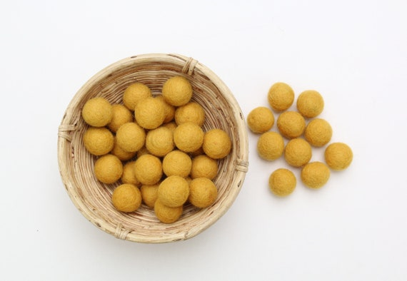 Senf-yellow felt balls for crafting #8 felt balls decoration pom poms versh. Colors Felt Balls Garlands Decoration Colorful