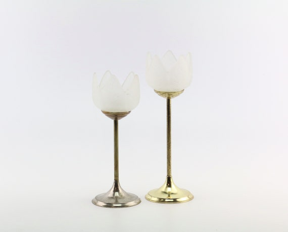 2 er Set vintage candlestick candle holder brass flowers made of milk glass 70s table decoration tulip shape boho wedding decoration table decoration