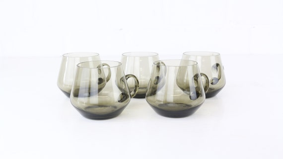 Vintage set grey glass cup 5 stilt. Large glasses smoked glass midcentury modern grey smoked grey glass set of 5 grog mugs