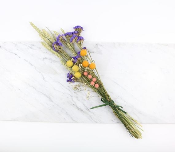Dry flower bouquet bouquet bouquet combination with felt billy balls natural boho scandi decoration gift idea