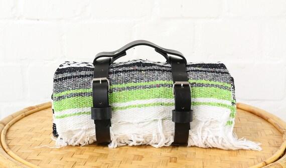 Trageriemen Tragegurt aus echtem Leder in schwarz für Decken Strand Lederriemen für Yogadecken made in Mexiko bohemian
