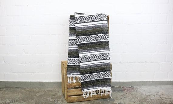 "große gewebte Decke aus Mexiko 180 x 130 cm khaki ""Falsa"" Hot Rod Harley Stranddecke Jogadecke Picknickdecke Mexican Navajo blanket"