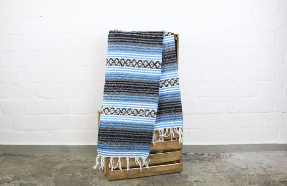 Solidly woven Navajo blanket from Mexico Sarape 180 x 70 cm ice Blue Yogadecke picnic blanket Beach blanket Summer blanket picnic beach Life Blue