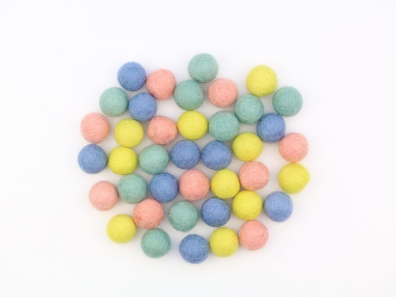 "colorful felt balls color mix ""Bonbon"" - 50 o. 100 pcs. felt balls 2.5 cm colormix decoration Pom Poms Colors Mix Garlands Decoration"