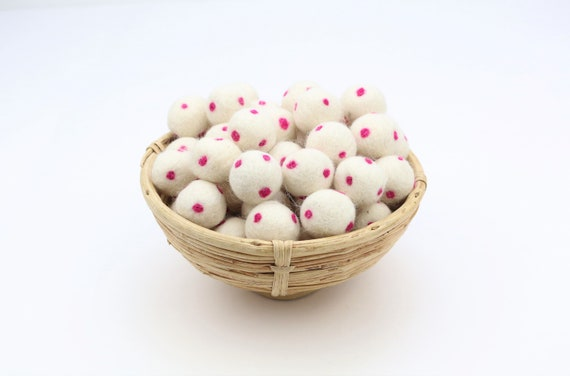 cream white/ fuchsia polka dot felt balls for crafting felt balls with dots decoration Pom Poms Felt Balls Garlands Decoration colorful
