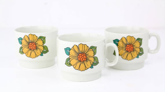 "Weidmann porcelain ""Prodottie italiano"" retro coffee cups with floral motif vintage pottery"