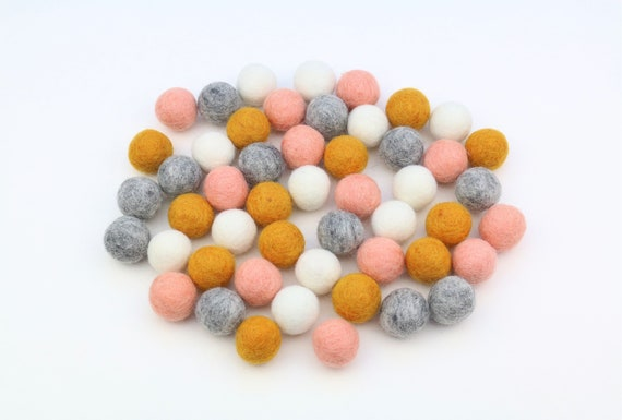 "colorful felt balls color mix ""Pusteblume"" - 50 o. 100 pcs. felt balls 2.5 cm colormix decoration Pom Poms Colors Mix Garlands Decoration"