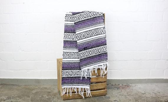 gewebte Falsa Decke aus Mexiko Sarape 180 x 70 cm lila Yogamatte Picknickdecke  Sommer Sonne Strand summer beach life