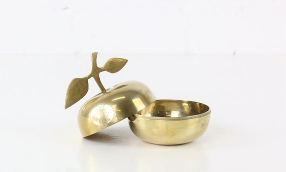 Vintage brass Apple Collectible Antique Brass figurine apple Midcentury style