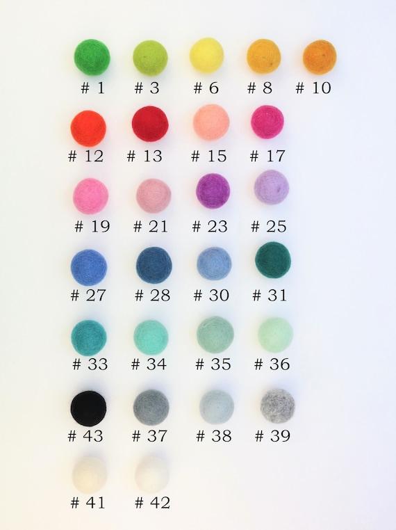 Mix Option 3 cm felt balls in your desired color for crafting felt balls decoration pom poms versch. Colours Felt Balls Garlands Decoration