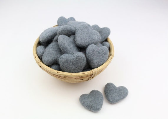 dark grey hearts made of felt for crafting #37 decoration Pom Poms versch. Colors Felt Hearts Garlands Decoration Colorful