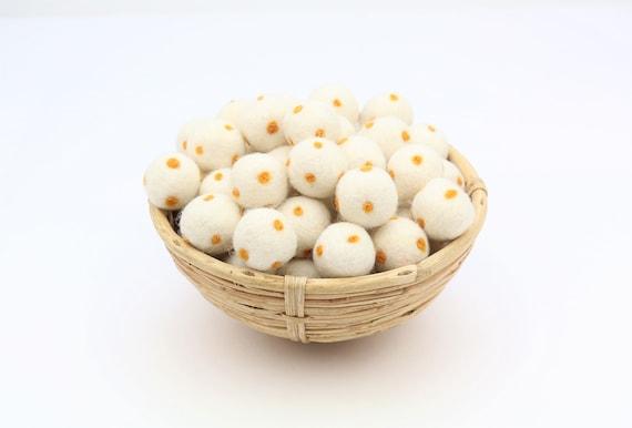 cream white/ sun yellow polka dot felt balls for crafting felt balls with dots decoration Pom Poms Felt Balls Garlands Decoration colorful