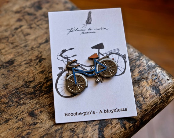"""Pin badges """"A bicycle - blue"""""""