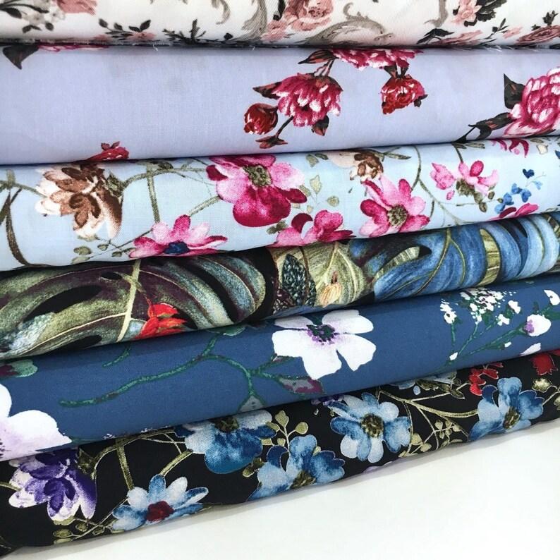 Boho White Blue Red Flowers 100/% Viscose 1 yard 29 Botanical Black Floral Print Fabric