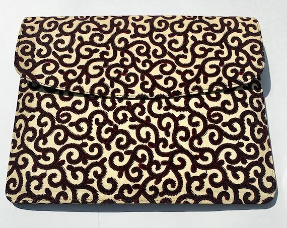 Ivory Spirals // Ankara Laptop Sleeve // African Print