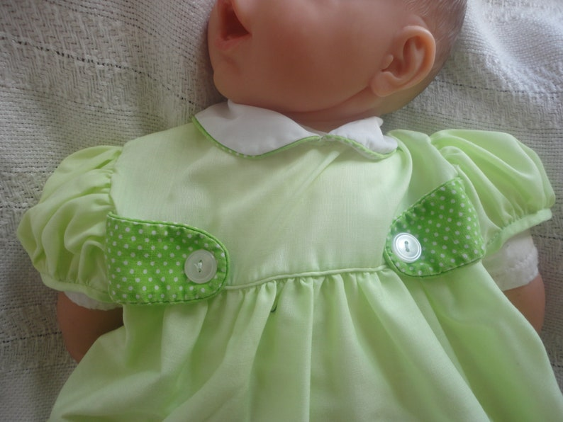 Fruit Appliqu\u00e9 Short Cuffed Sleeves Newborn Photo Clothes Kids Green Baby Dress with White Peter Pan Collars