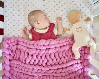 Newborn Chunky knit baby Blanket gift