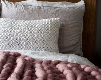 Chunky Knit Cushion | Hand-knitted cushion | Throw Cushion | decorative cushion
