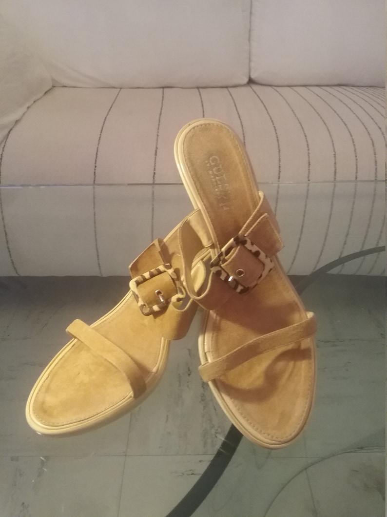 Guess vintage 90s beige suede Sandals size 40
