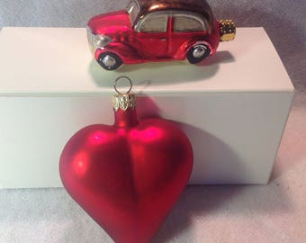 A pairing a heart and a coupe