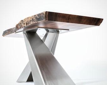 Kayu Kokko Table