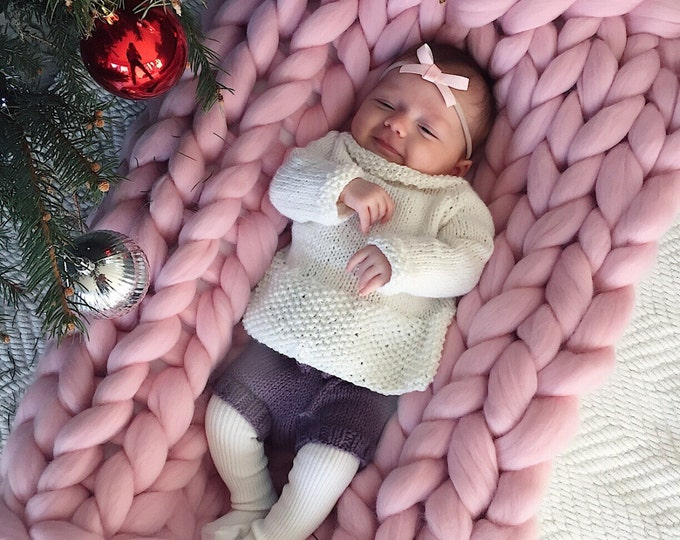 CHUNKY KNIT baby blanket. 100% merino wool. Handmade in the USA with love. ready for shipping in 1-3 business days.