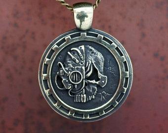 Bronze Medallion Adeptus Mechanicus Warhammer 40 000 Warhammer 40K gears Warhammer Fantasy silver pendant steampunk Brass WH40K
