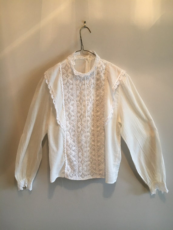 Vtg. Victorian Style Blouse Lace Front High Collar