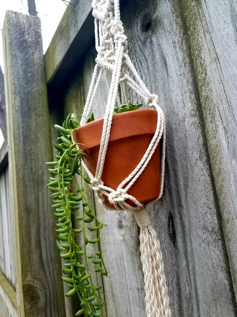 hanging planter plant holder rustic boheme boho decor small Set of 3 macrame plant hangers cottage chic window decoration