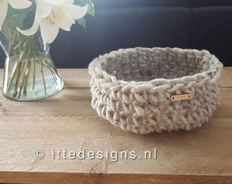 Basket (diameter ca. 30 cm) 100% undyed wool melange grey