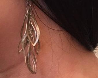 Women's -  Silver -  Teardrop - Earrings - For Mom