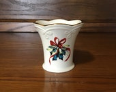 Lenox Winter Greetings Small Scallop Flared Vase Catherine McClung Holiday