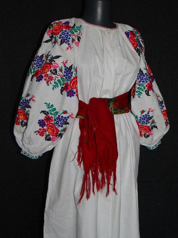 Vintage ukrainian blouse \u30a6\u30af\u30e9\u30a4\u30ca vyshyvanka vintage ukrainian embroidery  \u30a6\u30af\u30e9\u30a4\u30ca\u523a\u7e4d vishivanka vushuvanka  etno
