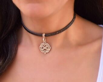 Kitten Play Celtic Fetish jewelry DDlg Slave Collar Celtic BDSM Collar Submissive Black Leather Lace Celtic Heart Choker Celtic knot